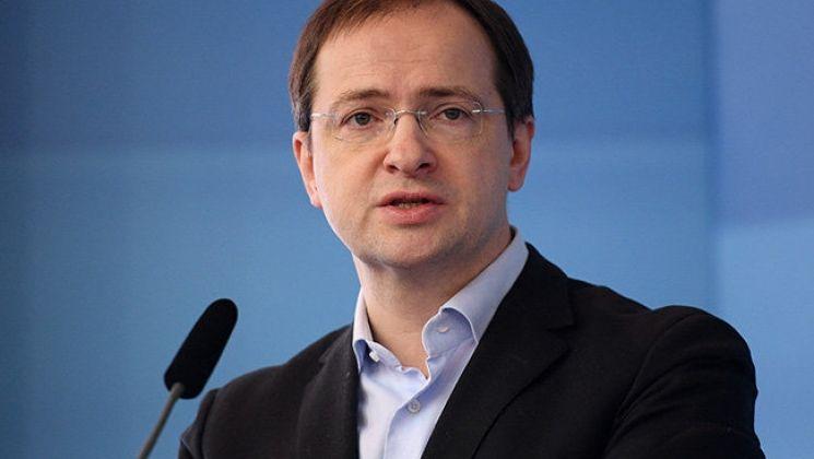 Мединский заявил, что за границей «боятся русского кино»