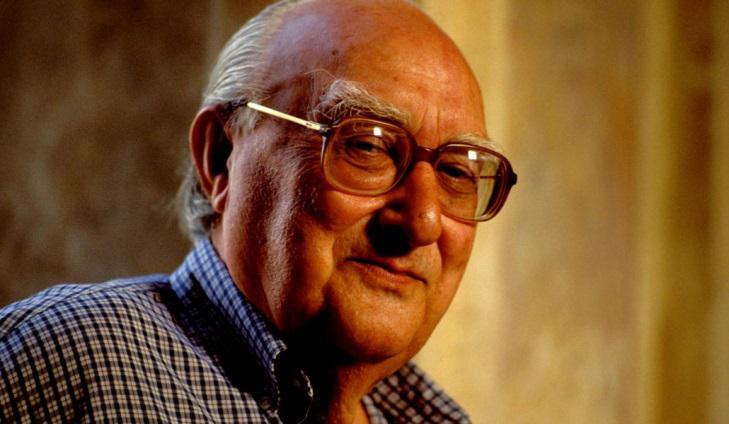 Repubblica: умер писатель Андреа Камиллери