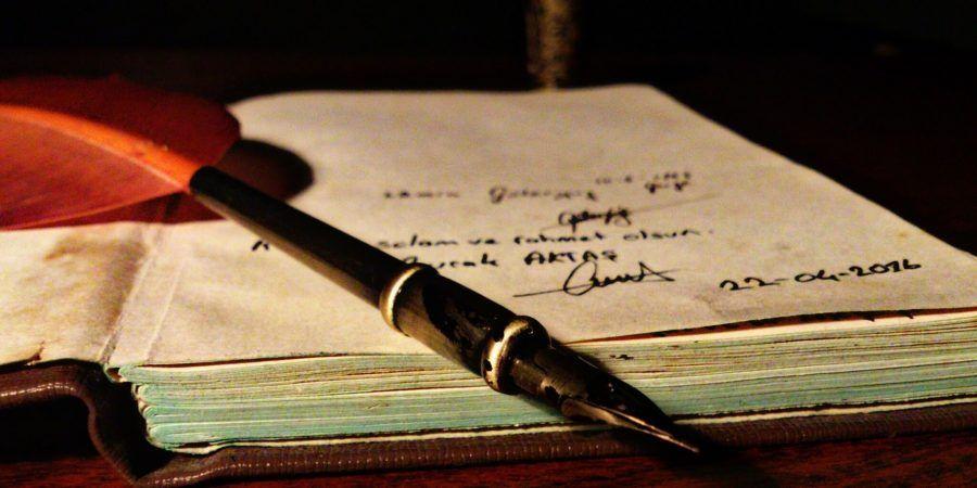 Рукописи русских писателей XX века представлены на выставке в музее Москвы