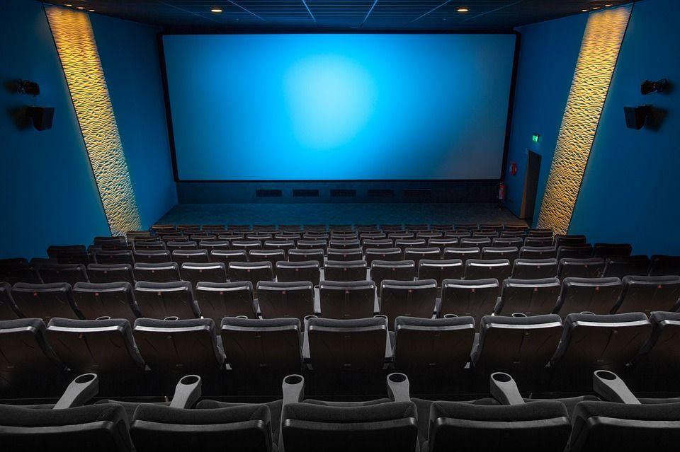 448 тысяч зрителей в 900 городах приняли участие в Фестивале уличного кино
